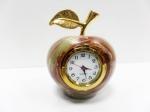 Яблоко из оникса с часами